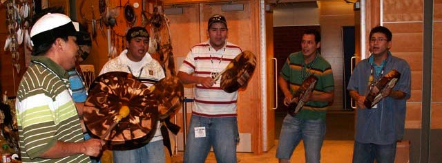 powwow-group-music